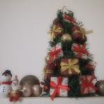 クリスマスツリーはどこが安い?ニトリ、トイザらス、西友を比較!